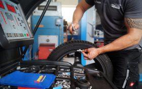 Reifenwartung bei Preuth Fahrzeugtechnik